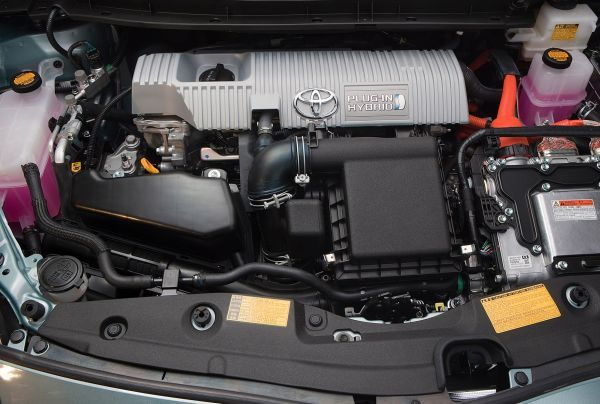 2015 toyota prius price and release date. Black Bedroom Furniture Sets. Home Design Ideas
