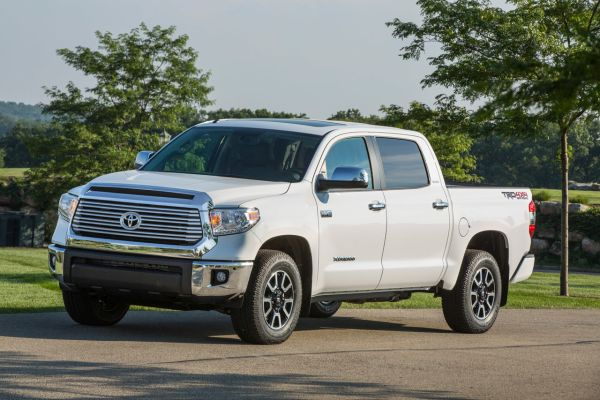 2015 toyota tundra price and specifications toyota reviews. Black Bedroom Furniture Sets. Home Design Ideas